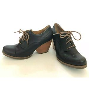 Kork Ease Black Leather Oxford Ankle Boot Size 10